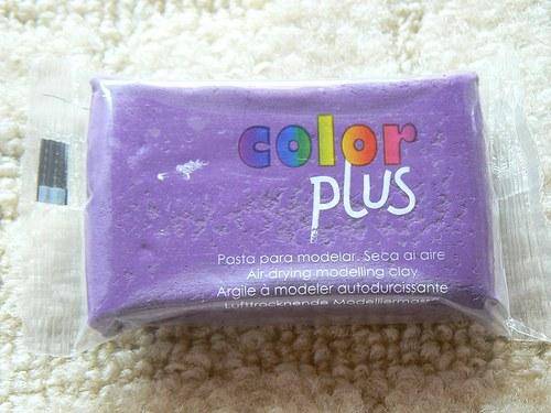Samoschnoucí hmota Color Plus fialová 75g