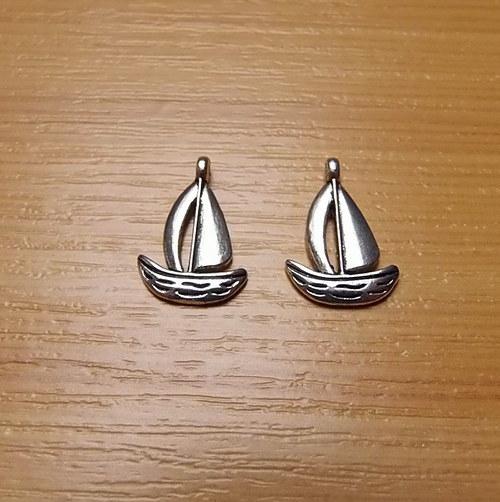 Lodička -  stříbro - 12mm x 15mm - 2 kusy