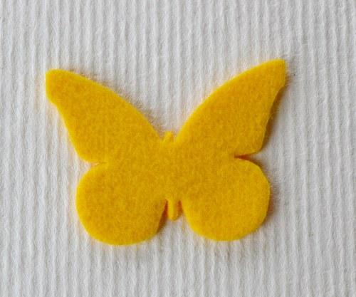 Výsek z plsti - motýlek žlutý
