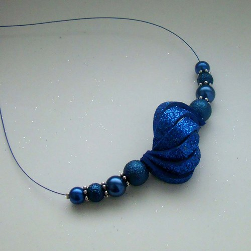 náhrdelník ulita třpytivá modrá