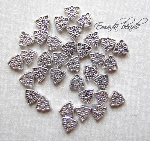 Korále, tibetské stříbro, filigrán průměr 0,7 cm