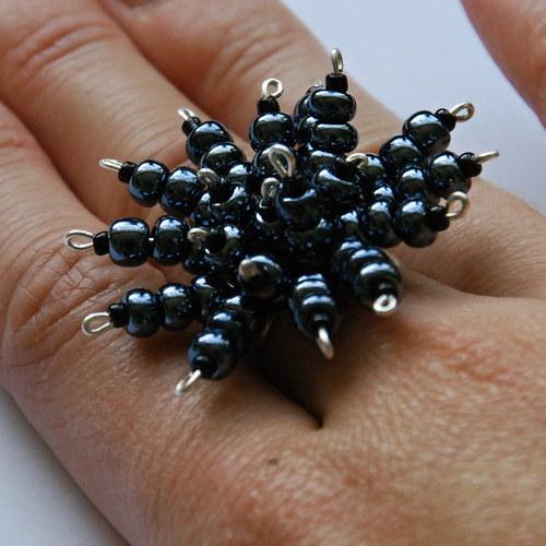 Střapatý prsten hematit