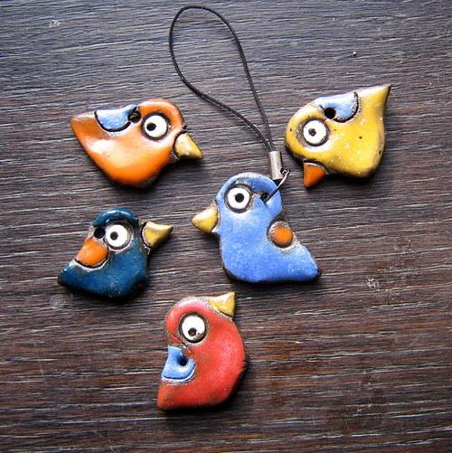 Přívěsek na mobil ptáček