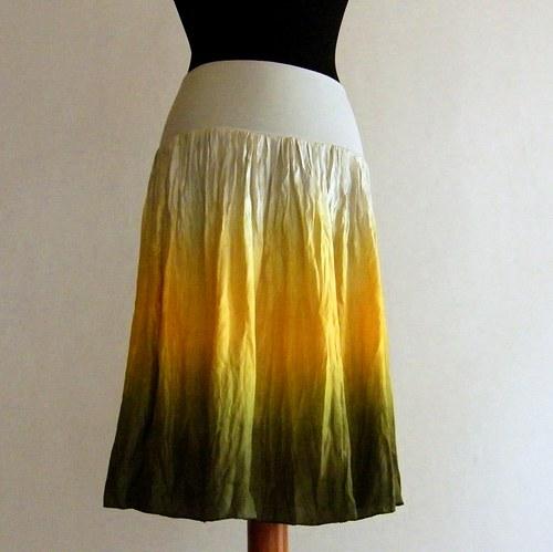 Pro Sluneční vílu...hedv.sukně