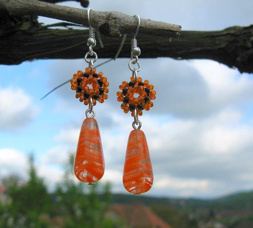 Náušnice oranžovočerné