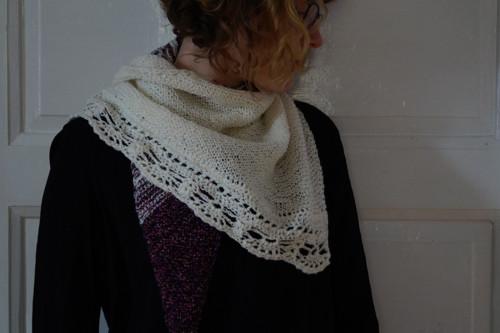 Pletený šátek - fialový smetanový melír