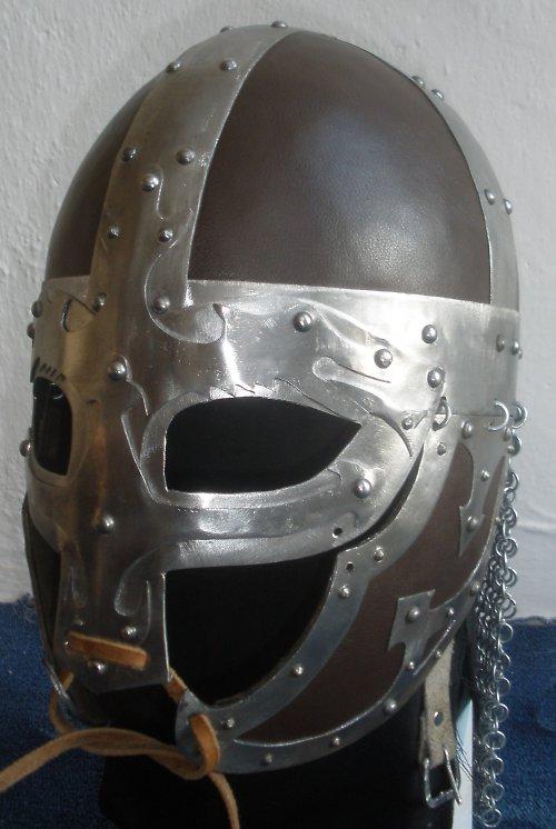 Vikingská přilba - de luxe - kůže