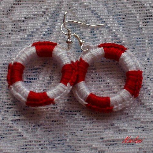 Záchranné kruhy - v červené