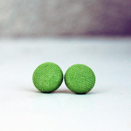 Náušnice: Světle zelené pecky