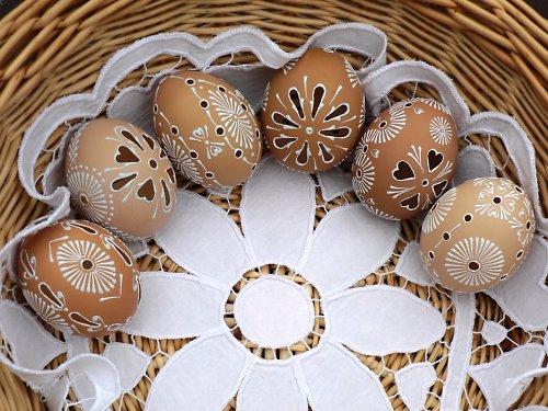 Madeirové kraslice - SLEPIČÍ - bílý vosk
