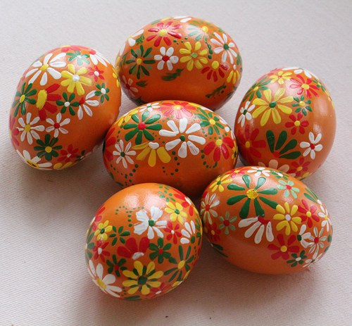 Oranžové velikonoční kraslice