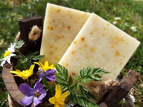 Olivové mýdlo s měsíčkem