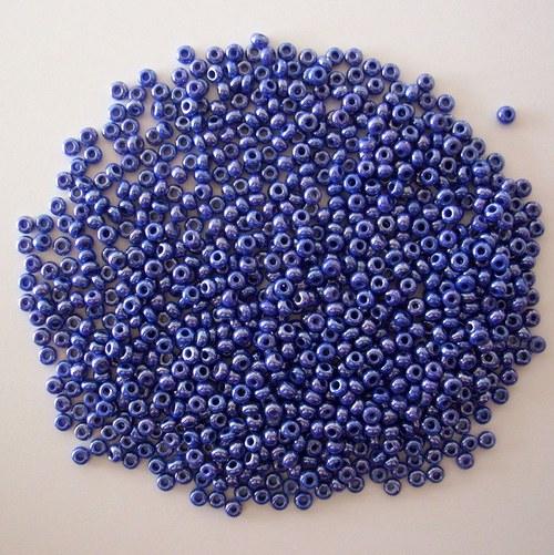 Skleněné korálky - rokajl 10/0 modrý sytý