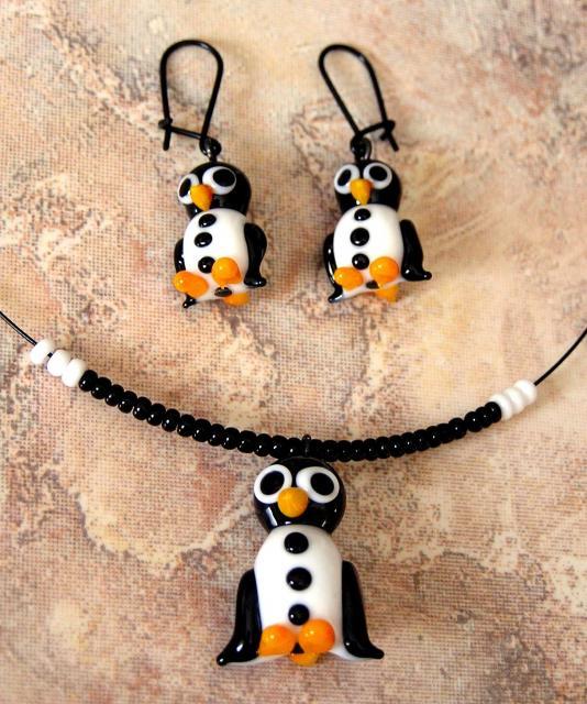 Souprava z vinutých perel tučňák