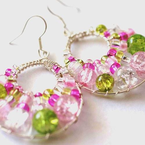 Růžovo-zelené kruhy