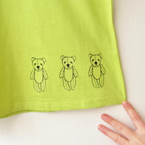 Medvědi tři...
