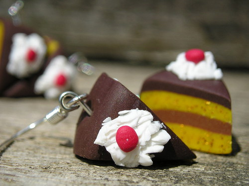Dortíky se sladkou čokoládovou polevou - náušnice