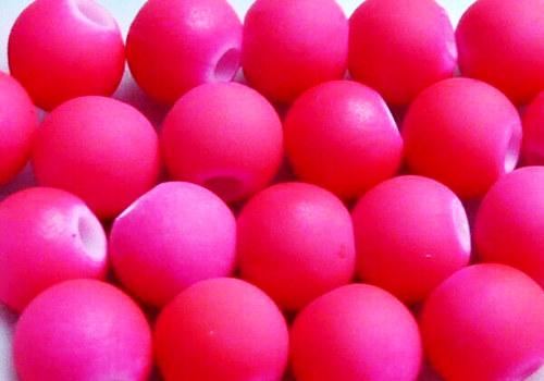 Pogumovaná kulička 6 mm - neon růžová / 10 ks
