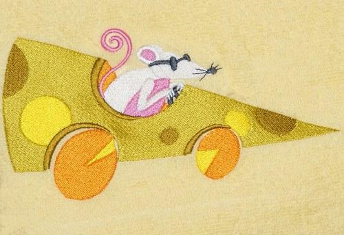 Ručník s velkou myší závodnicí:)