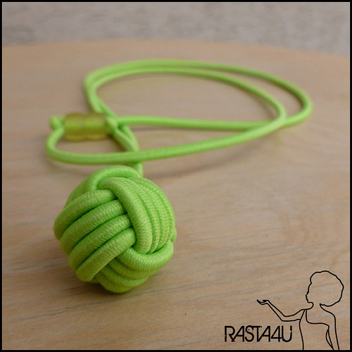 Kuličkový amulet (nastavitelný) - světle zelený