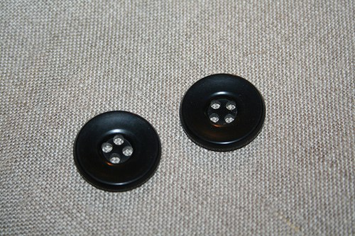 10 zaručeně pravých kominických knoflíků_2,6 cm
