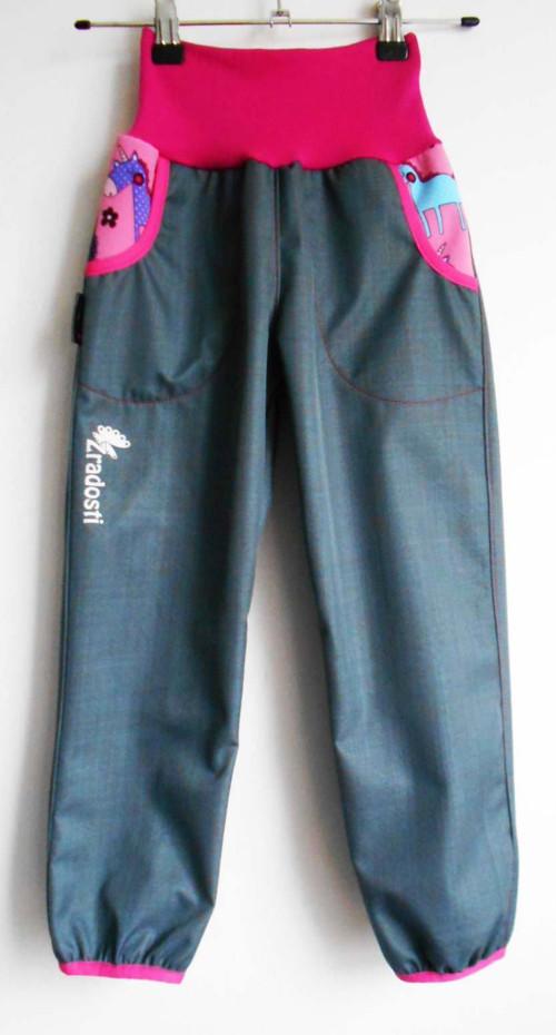 softshellové kalhoty jarní šedé s poníky