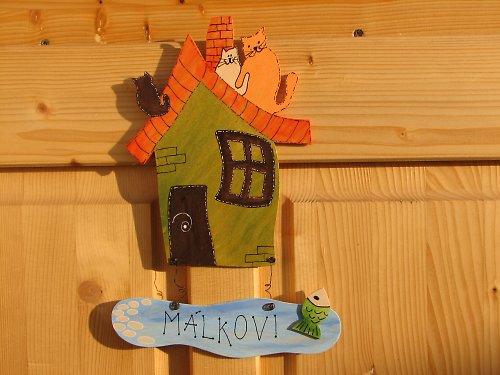 Dřevěná cedulka na dveře VESELÝ DOMEČEK