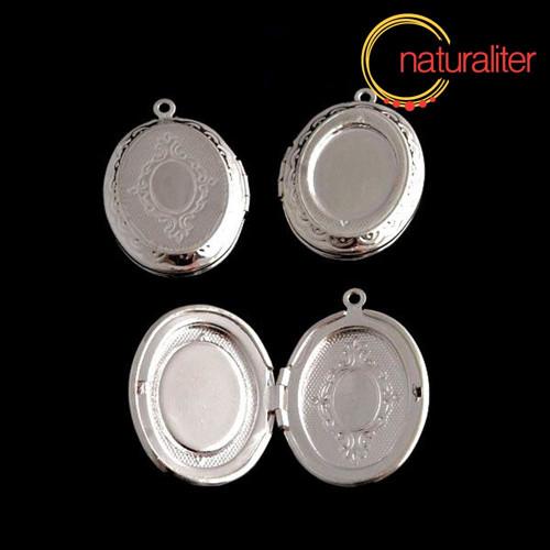 Otevírací medailon 23x16mm+ 18x13mm stříbrná barva