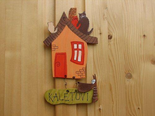 Dřevěná cedulka na dveře MÁME RÁDI ZVÍŘATA