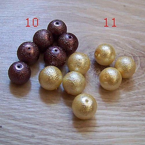 vroubkované voskové perly/ béžová č.11/ 12mm/ 5ks