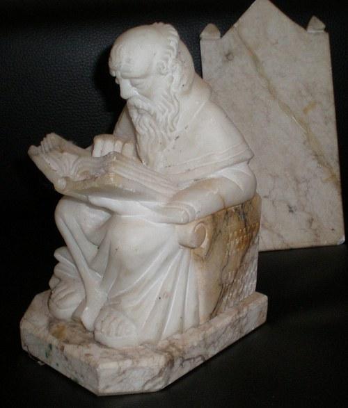soška z alabastru MUDRC