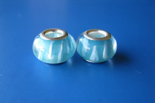 Korálky 2ks-sv.modra s bílým proužkem