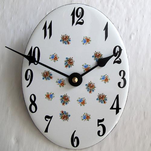 Smaltované hodiny 340