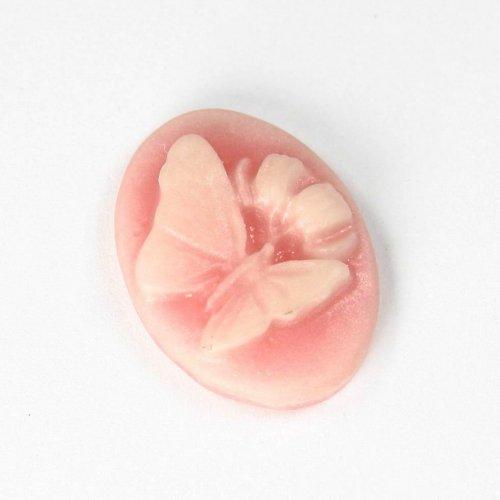 Kamej z pryskyřice - růžová s motýlem, 1 ks