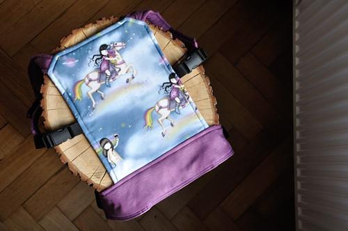 Nosítko pro panenky - XXL - duhové
