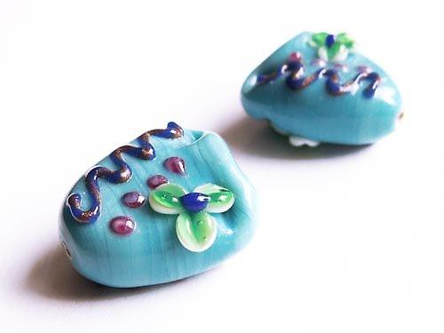 Modrý erb s květinou ((V71))