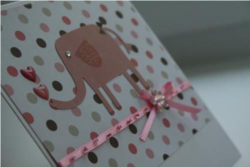 Přání se slonicí v puntíku