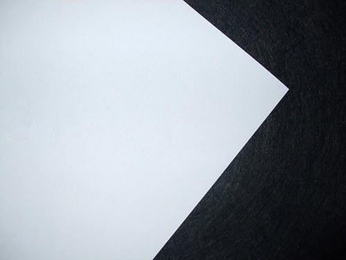 Transparentní papír