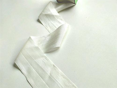 Hedvábná stuha - bílá, šířka 5 cm