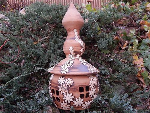 Zahradní lampa z rozkvetlé kolekce