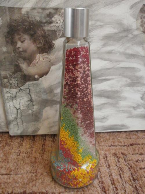 Láhev s korálky nejen k dekoraci 2