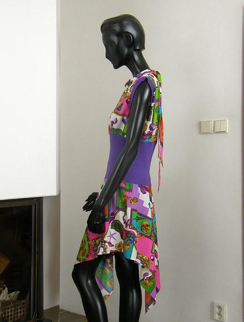 Krátké šaty-SLEVA