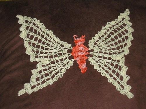 háčkovaný motýl 2
