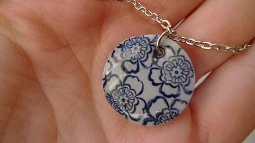 Lace circle - blue