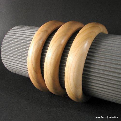 CHŘESTÝŠ BASIC sada dřevěných náramků třeseň