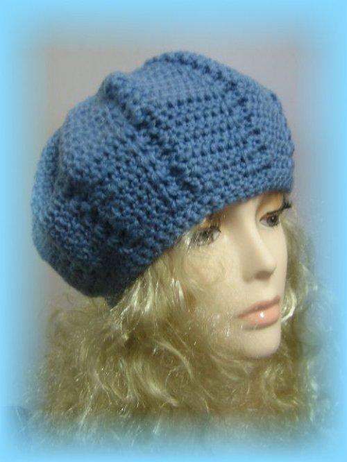 modrá čepice Limbo- sleva