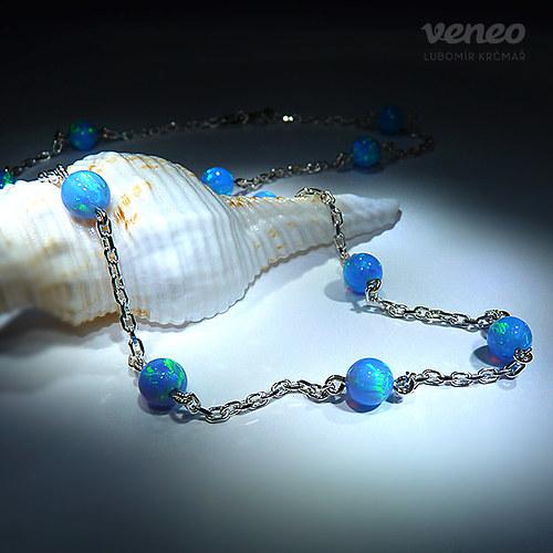 Persefona - náhrdelník se světle modrými opály