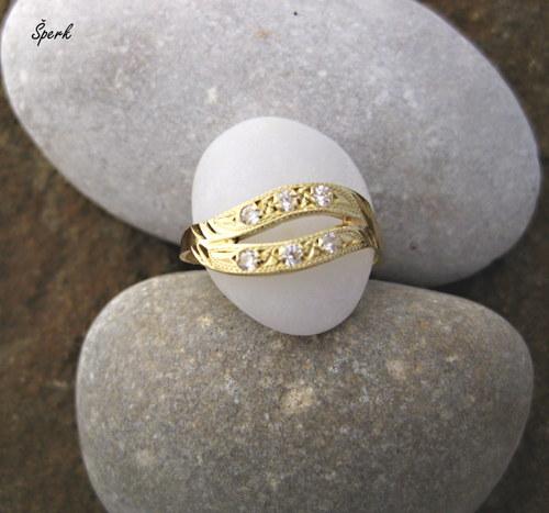 Zlatý prsten - zirkony