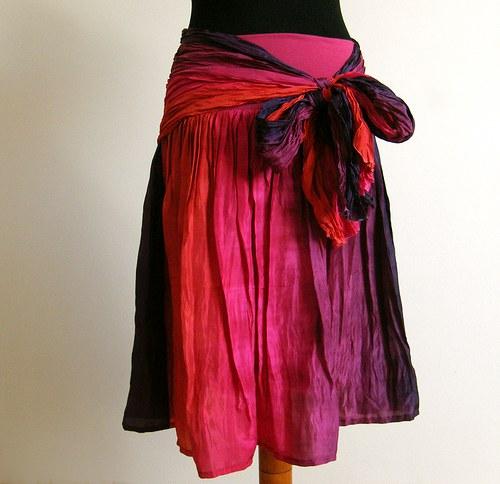 Mexiko set :-) krátká hedvábná sukně a šála