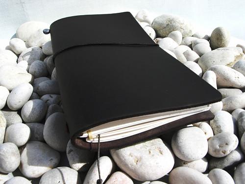 Diář / notes  černý - kůže  16,5cmx10,5 cm